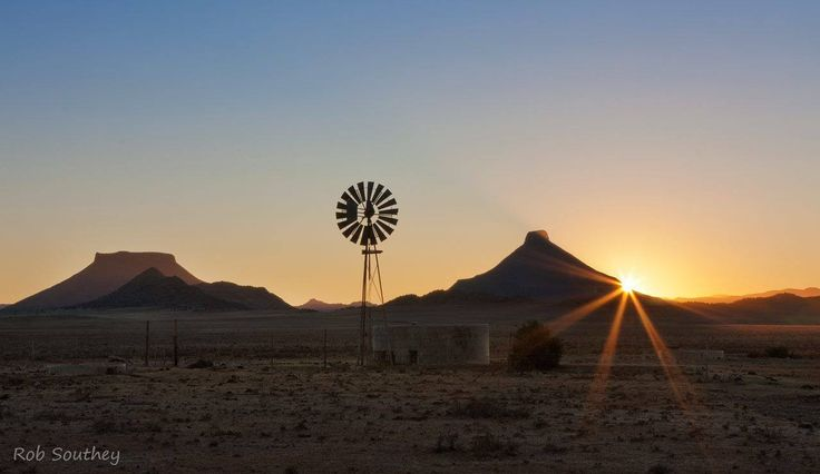 Windpump picture taken between Teebus and Koffiebus hills, Steynsburg, Karoo. Picture by Rob Southey.