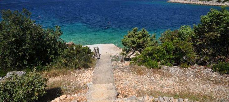 Rogoznica, Dalmatien Haus zur Renovierung am Meer Haus