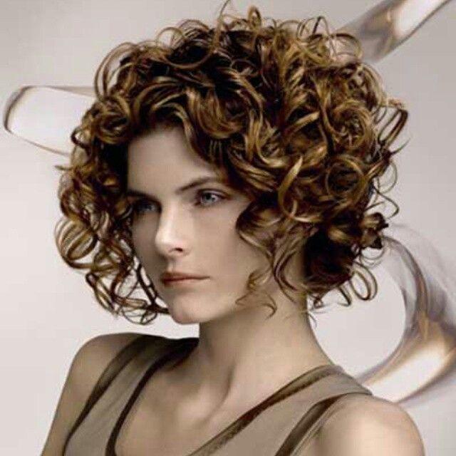 Perma modası geri mi geliyor dersiniz..?  Son 1 ayda, gectigimiz 1 yılda yaptıgımız sayıda perma yaptık. Acaba gerimi dönüyor...  Günümüzde saçı yıpratmadan, istenilen dalga boyutunda perma yapılabilmektedir,   Dalgalı saç hacimli, dolgun ve şeklin daha uzun süre kalıcılığı demektir.   http://www.zkkuafor.com/perma-islemi-kalici/    #istekuafor #zkkuafor #kuafordemutluyum #kadin #hairstyle #perma #hairperm #hairfashion #perm #morfose #instafashion #beautiful #TagsForLikes #cute #hair…