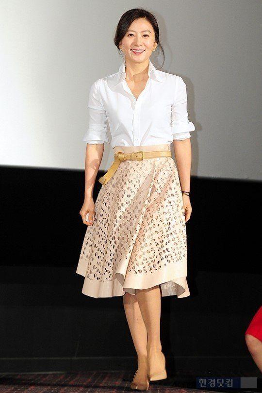 Kim Hee-ae (김희애)