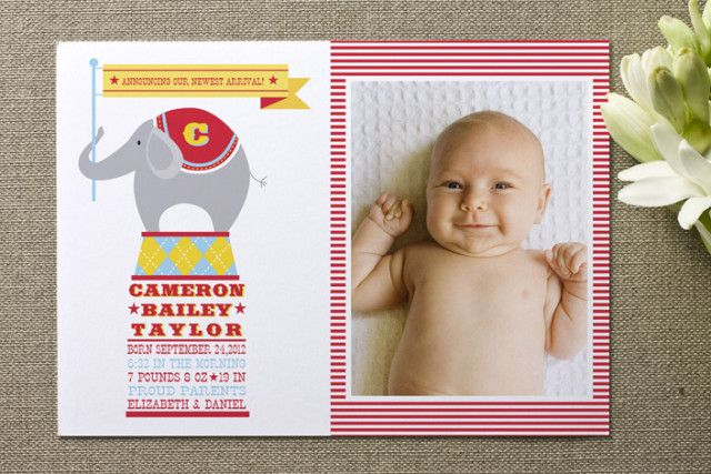Enter to win $300 to @Minted! Spend it on birth announcements, invitations, party decor & more! #giveaway #socialcircus