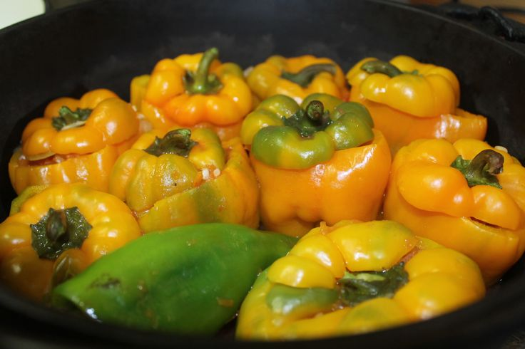 Stuffed peppers, Moldovan style