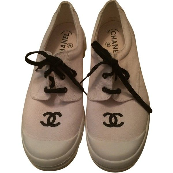 Pre-owned Chanel Vintage Cc Tennis Size 10 Coco Sneakers Sneakers... ($320) ❤ liked on Polyvore featuring shoes, sneakers, white, tennis trainer, tennis shoes sneakers, chanel sneakers, tenny shoes and white sneakers