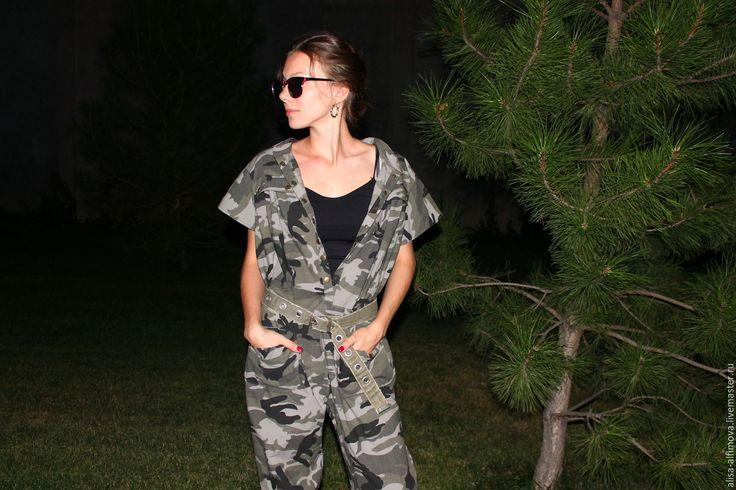 """Купить Летний комбез """"Хаки"""" - комбинированный, абстрактный, летний комбинезон, женская одежда, летние брюки"""