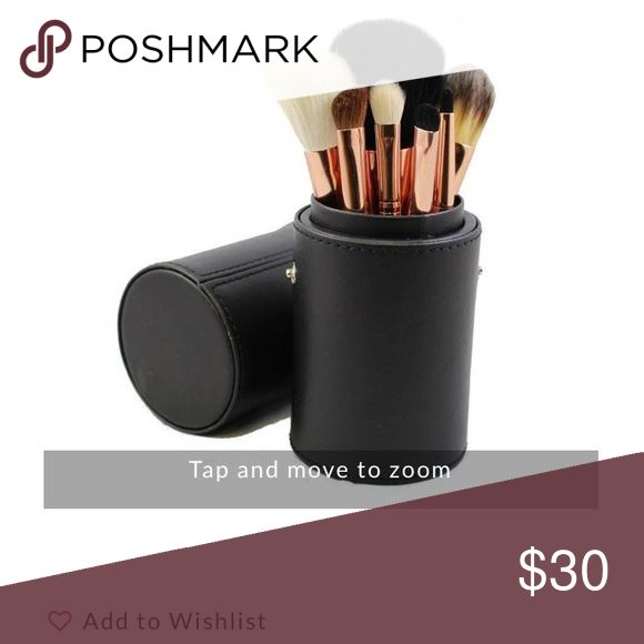 Rose gold Morph brush set These brushes are currently sold out morphes website so get them here Makeup Brushes & Tools