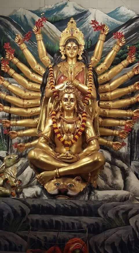 """36. """" A Shakti, ou Maha Devi, é o poder feminino absoluto. Há, no entanto, muitas deusas (Devis) diferentes. Cada um dos Devas, por exemplo, tem sua companheira (sua Shakti), sem a qual ele é incompleto. A Shakti de Brahma é Sarasvati, a de Vishnu é Lakshmi, a de Shiva é Parvati. Essas Devis são manifestações ou aspectos parciais, limitados, da Grande Deusa. No entanto, muitas vezes se identifica Parvati com a própria Shakti.""""   (Fonte: Roberto de A. Martins, para o site Shri Yoga Devi.)"""