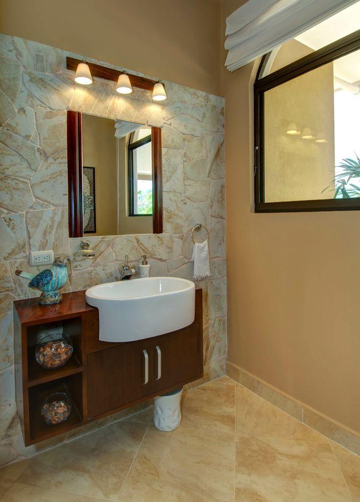 Immaculate luxury  http://costaricamilliondollarhomes.com/Casa-Atenas-Classic-Elegance/index.html