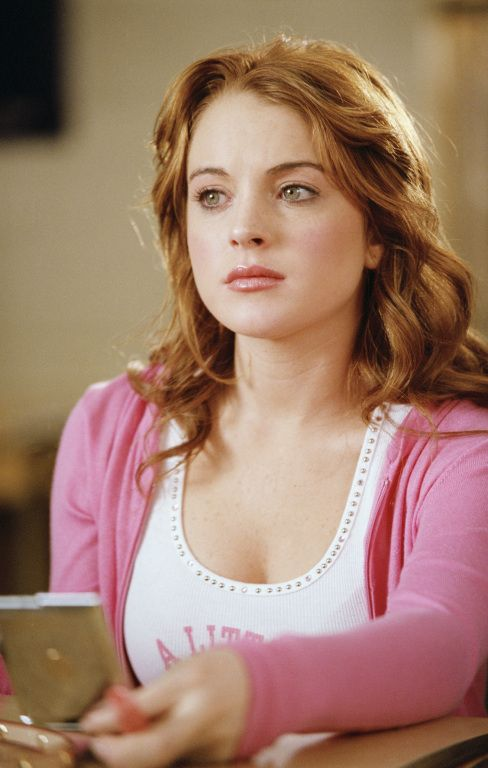 Mean Girls (2003) - Movie Stills - Lindsay Lohan #meangirls