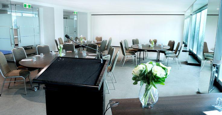 Vienna Room | Cabaret set-up | Melbourne Conferences | Event set-up