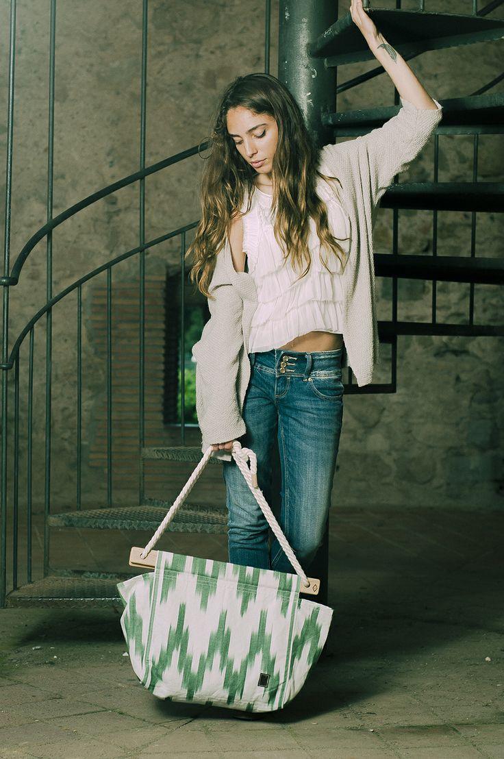 Tongue>bag >>> Ikat Classic Green