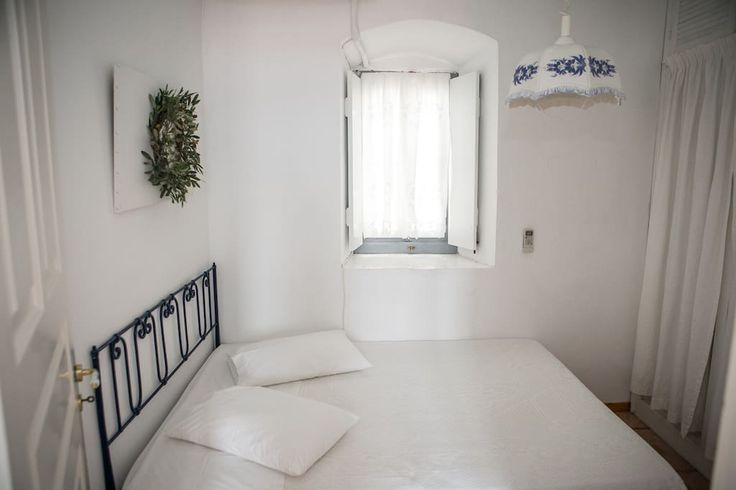 Sea View Apartment - Houses for Rent in Idra