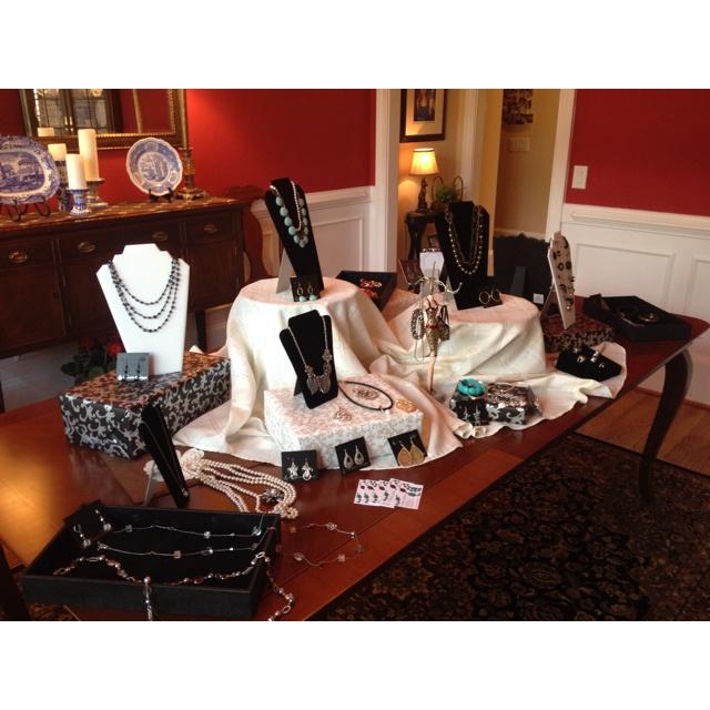 Premier jewelry display
