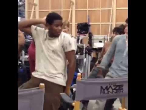 Dylan O'brien dancing (cast of The Maze Runner)