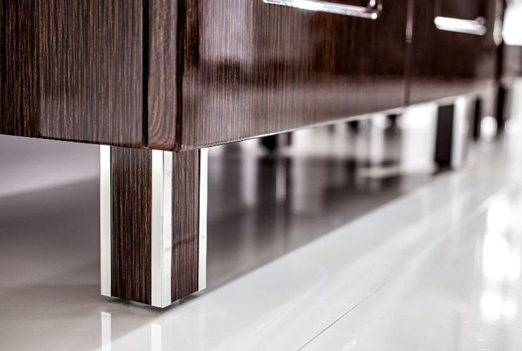 Ambratti customized furniture leg