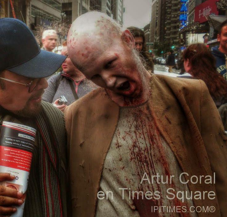 Foto de HALLOWEEN (TIMES SQUARE, NEW YORK) por Yuko H.  - Google Fotos