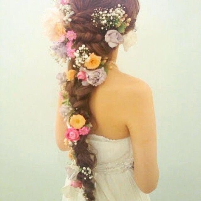 花嫁さんから人気が止まらない!《ラプンツェル風ヘア》のトレンドは、 この3スタイル♡   ZQN♡