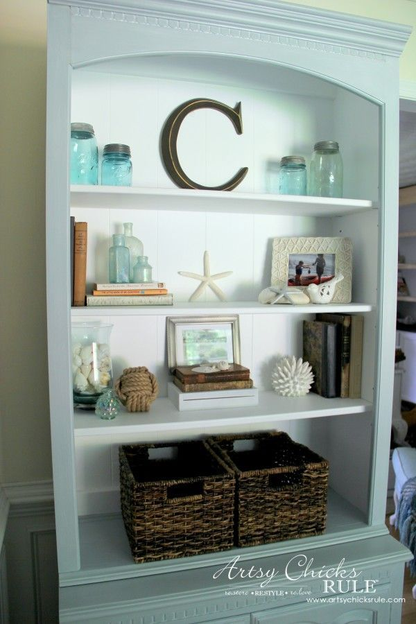 Coastal Styled Bookshelves (Decor Challenge) - baskets for texture and utility -#coastaldecor #styling artsychicksrule