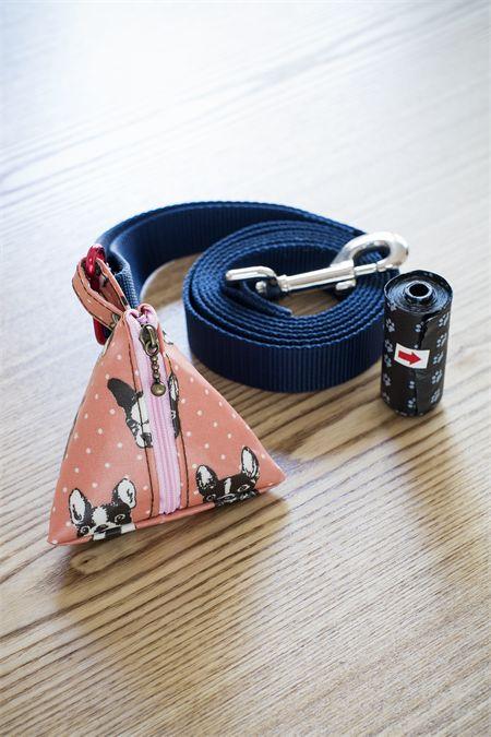 Doggie Waste Bag Pouch / Dog Poop Bag Holder/ Pink
