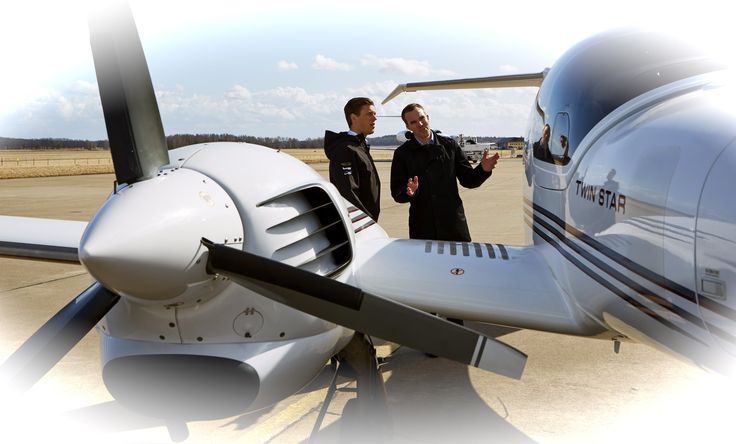 flygcforum.com - Flight School Reviews - California USA - If you're looking for a good ab-initio program with a descent price tag, SAA might very well be worth looking into. They also provide MCC courses at SAS flight academy which, with a good result, can end up in a simulator assesement with Ryanair...
