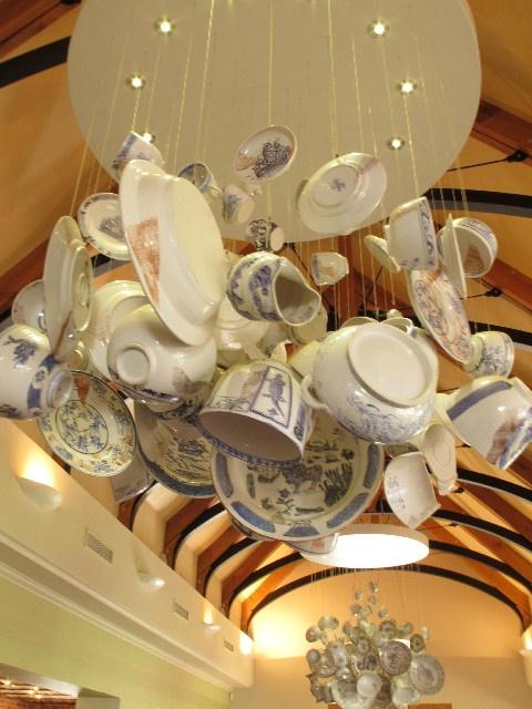 Chandalier!Tea Sets, Crafts Ideas, Lights Fixtures, Wine Design, Grandma China, Murphy'S Stuff, Teas Sets, Sets Chandeliers