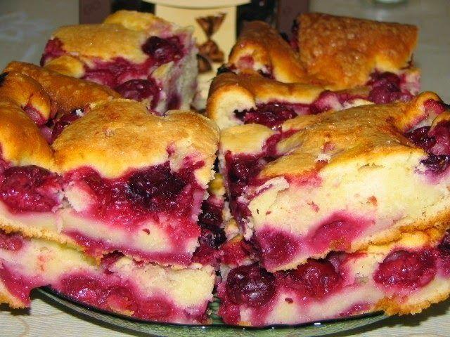 Самый вкусный быстрый пирог с замороженной вишней