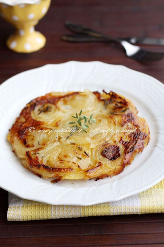 Galette alle cipolle, patate e gruyère       #recipe #juliesoissons