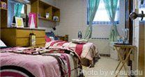 Movers.com - How to Choose a College Dorm