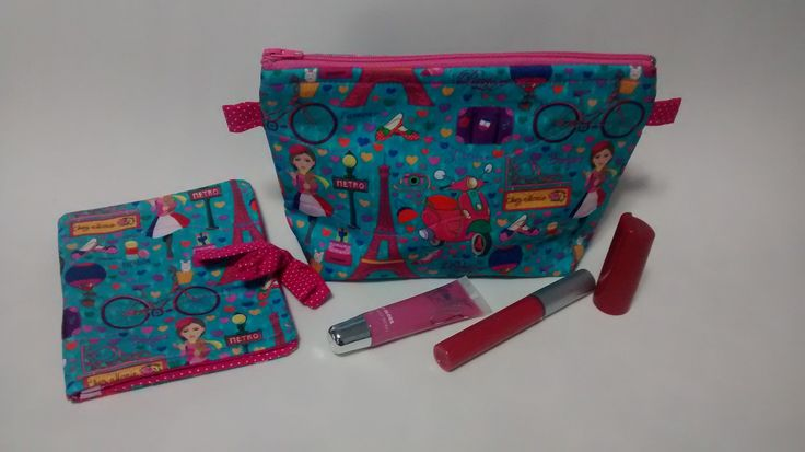 Necessaire + porta absorvente (kit Paris rosa e azul)