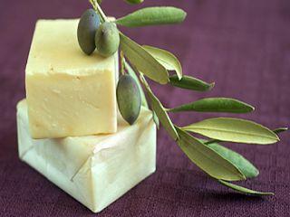 Η ΛΙΣΤΑ ΜΟΥ: Πως να φτιάξετε το δικό σας σπιτικό σαπούνι από ελ...