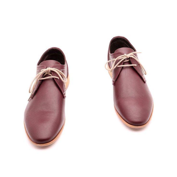 Scarpe primavera / estate per l'uomo, scarpe eleganti, di colore marrone,Suola in gomma con disegno antiscivolo, in vera pelle, fatto a mano in Italia.
