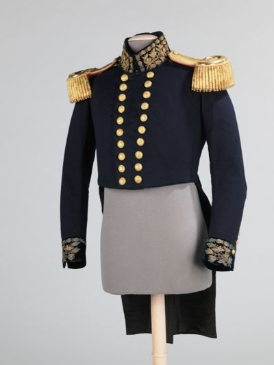 Military jacket, British | Met Museum | c. 1862    The initials on the epaulettes of this naval jacket stand for Medical Service. The title was replaced in 1872 with M.D. (Medical Department). The length on the epaulettes distinguishes rank, in this case the 2.5-inch length indicates the rank of assistant surgeon. It was worn by Leonard C. McPhail in about 1862.