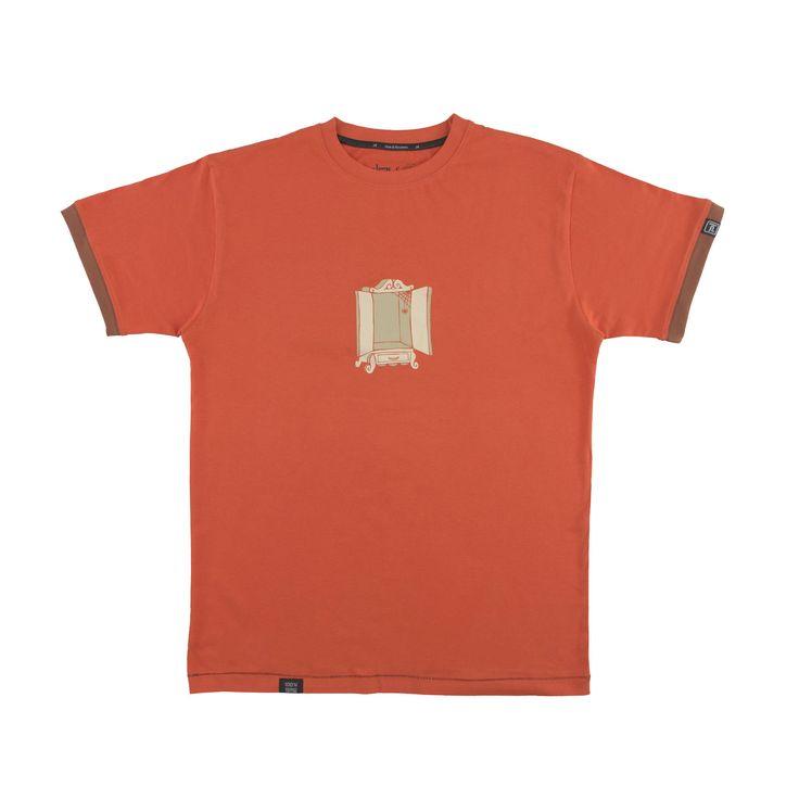 Camiseta Mundo Gay Sutil Salida del Armario (to come out of the closet) de ewikka en Etsy