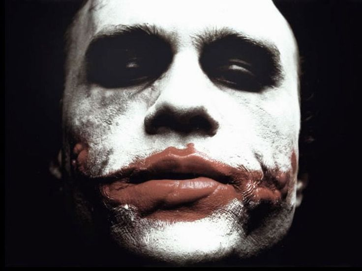 Heath Ledger actually designed the look of The Joker himself, using make up he'd bought from a local shop. Christopher Nolan was so impressed that he tasked the movie's makeup team to recreate it themselves.