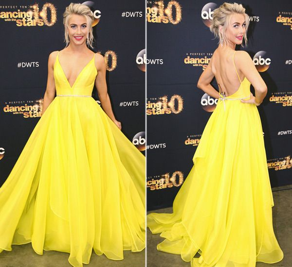Julianne Hough attends the premiere of 'Dancing With The Stars' Season 20 on March 16, 2015.