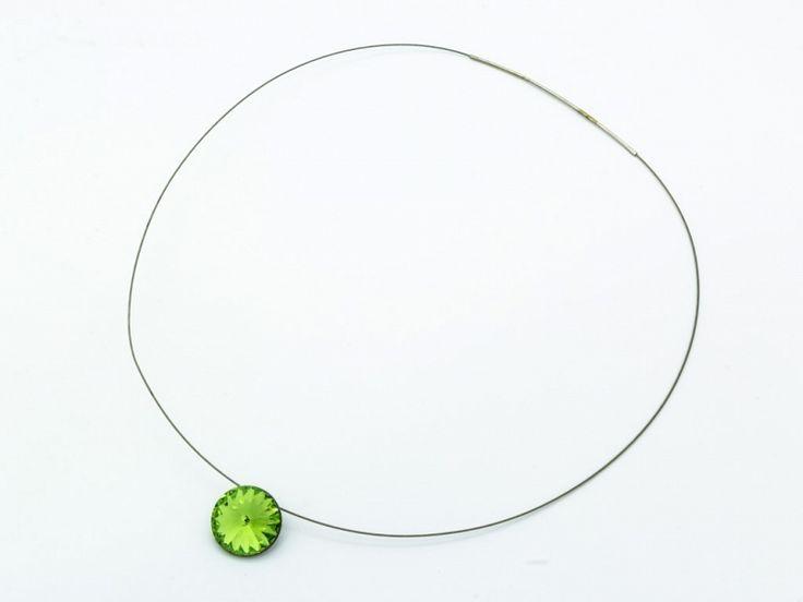 Nemesacél nyaklánc zöld Swarovski kristályos medállal