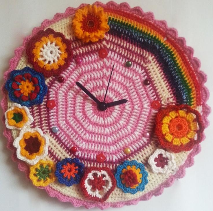 Cu croseta si cu acul: pernute decorative cusute din bumbac, aceesorii si jucarii crosetate http://www.facebook.com/MyHandmadeThis