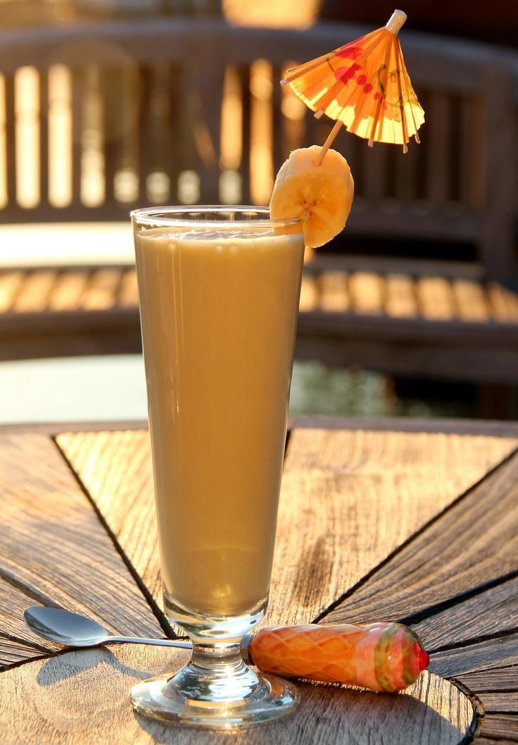 Perzik - banaan - Griekse yoghurt smoothie..............