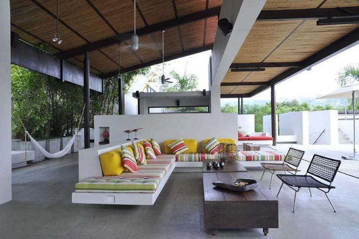 Casa Peñalisa, Colombia , Octubre Arquitectura.