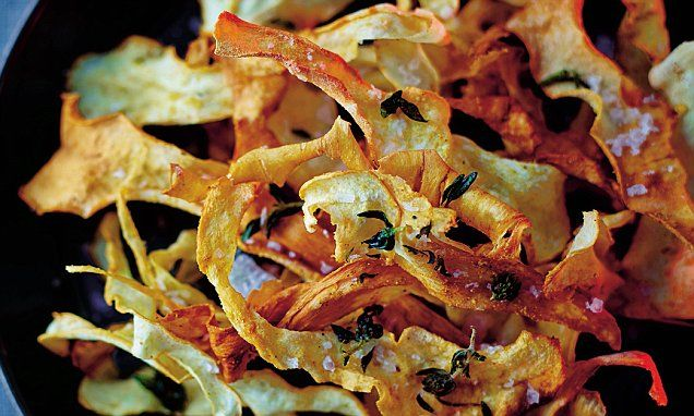 Parsnip crisps with thyme, salt and mustard