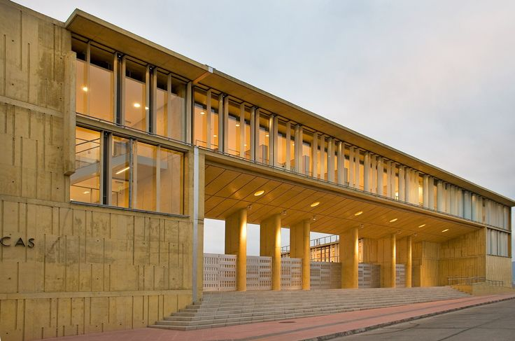 Galería de Edificio MOPTT La Serena / Teodoro Fernández Arquitectos - 10