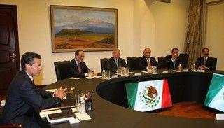 Se reúne el Presidente @Enrique Rodriguez Peña Nieto con la dirigencia del PAN y sus Gobernadores