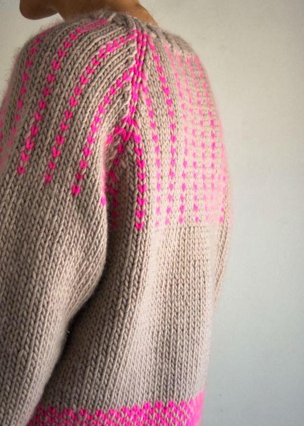 22 best Aka Swiss darning images on Pinterest   Peacocks, Crochet ...