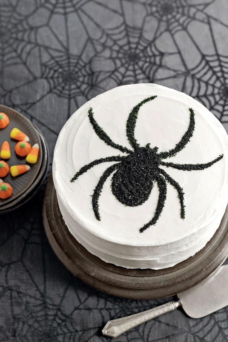 Easy Cake Decorating Halloween : Best 25+ Spider cake ideas on Pinterest Halloween ...