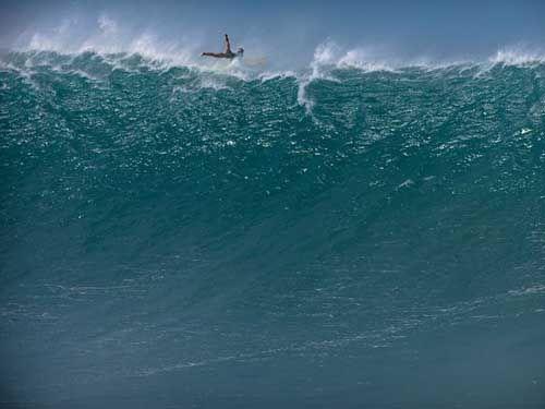 Surfing Waimea Bay, Hawaii  Extreme Adventures Shots That Keep Your Breath Away