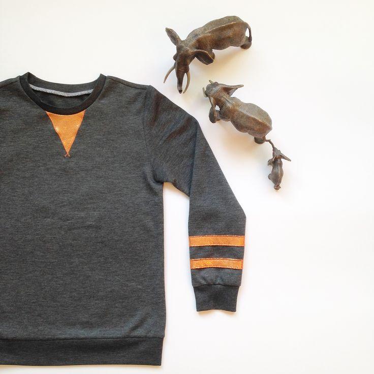 Mitch-sweater