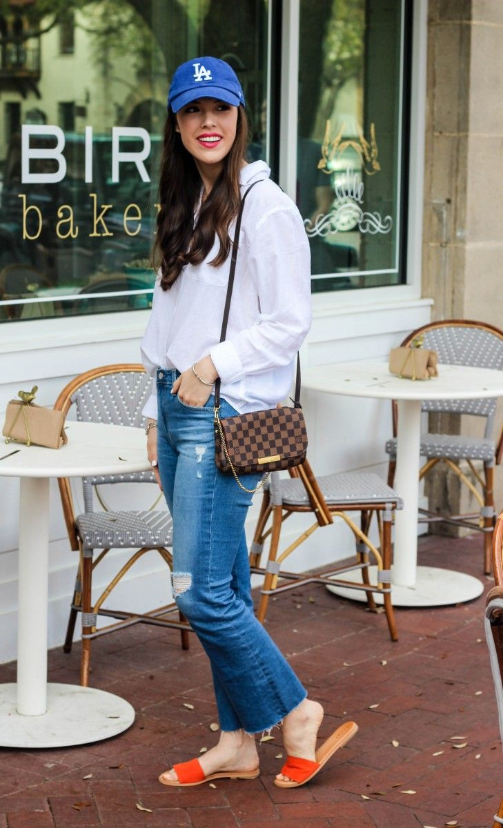 Weekend Brunch Outfit/Ball cap outfit, Casual outfit, Louis Vuitton Favorite PM, Slide-on sandals