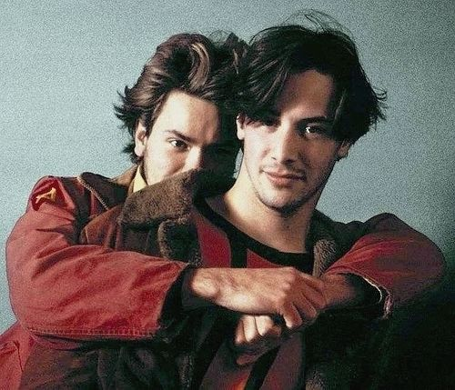 love is the answer <3 (River Phoenix & Keanu Reeves)