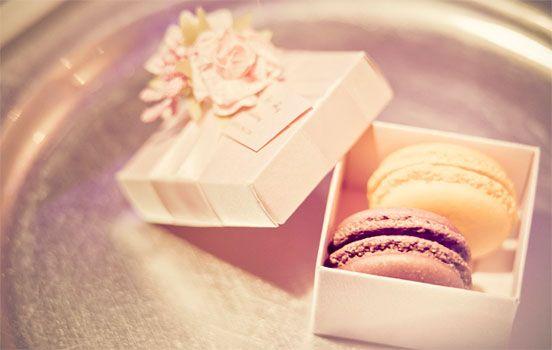 Macaron bomboniere from Le Bon Choix. Photo by http://studioimpressions.com.au