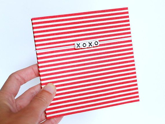 XOXO album Love gift Instax mini photo album 14th february gift Valentines day gift for friend photo holder Leporello instagram album Photo album for 14 photos. SIZE Recommended photo size 4x4 inch or 10x10 cm. You can use a smaller photo, there will be free space for notes or wishes.