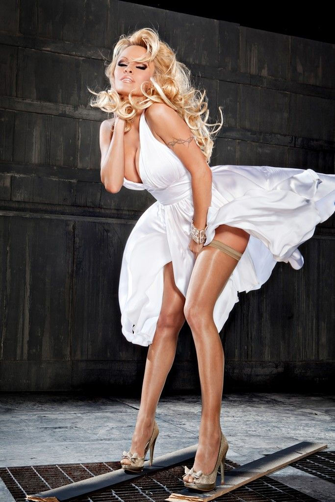 pam-anderson-getting-fuck